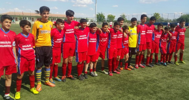 U-13 Ligi Gençlik Sporun Kupa Töreni